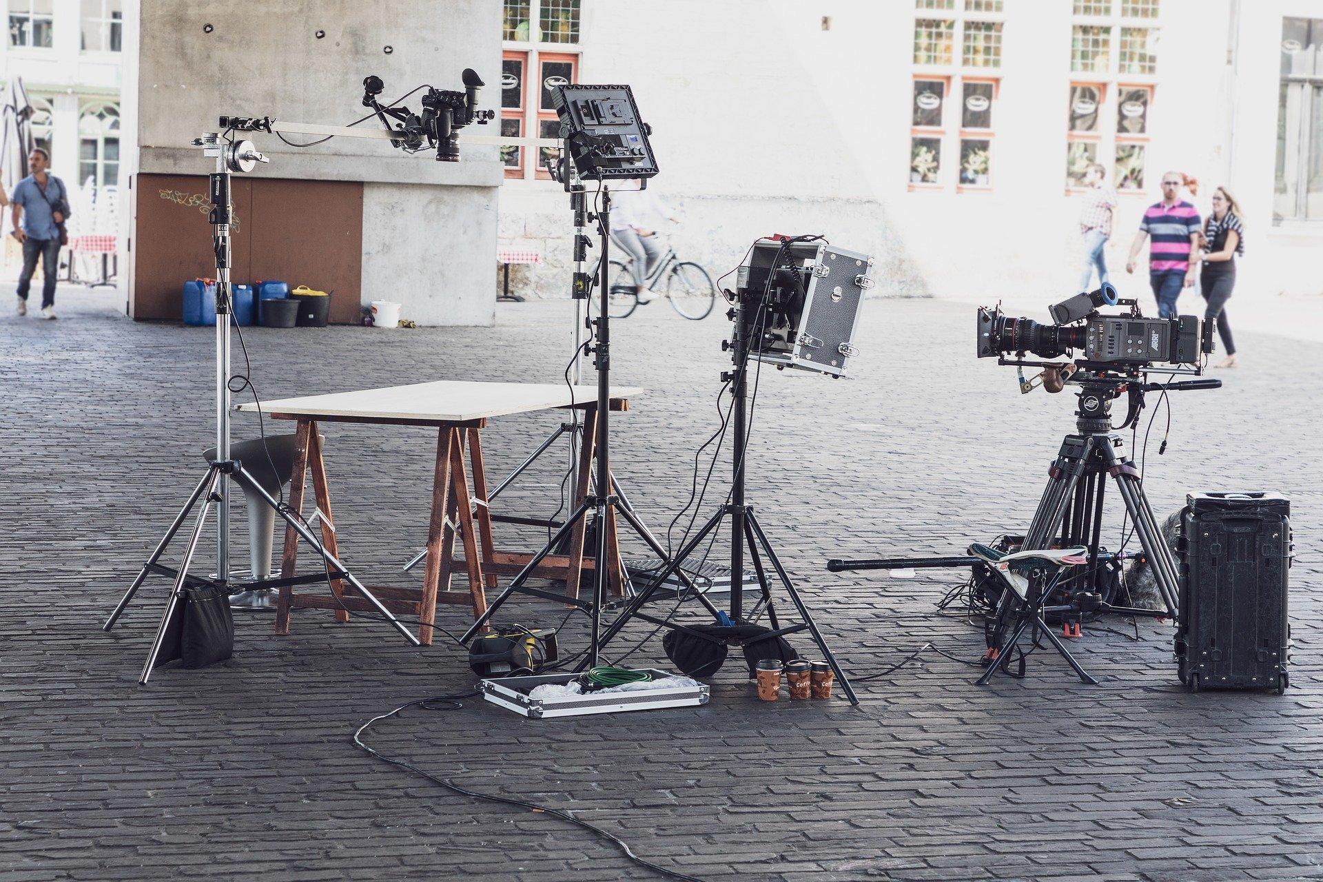 Cien profesionales y cincuenta empresas se asocian en la primera Guía Profesional del audiovisual granadino